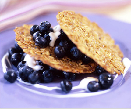 Blueberries_Oat_Cakes_EmilyLuchetti