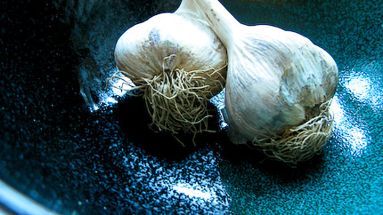 Schrambling_091202_garlic