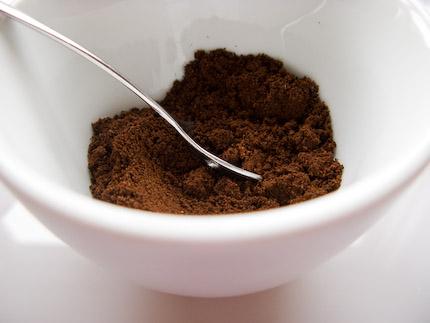 Schrambling_100303_coffee grounds_-18
