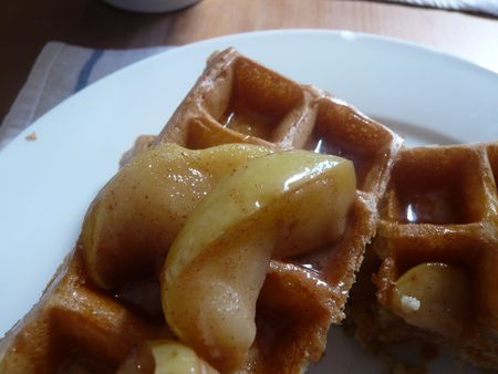 vanilla bean paste apples waffles