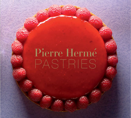 Pierre-Herme-Pastries-cookbook