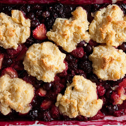 Brown-Sugar-Berry-Cobbler