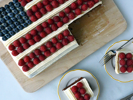 July-4th-Flag-Cake-Epicurious