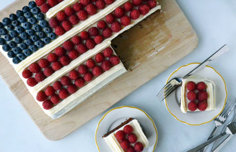 July-4th-flag-cake