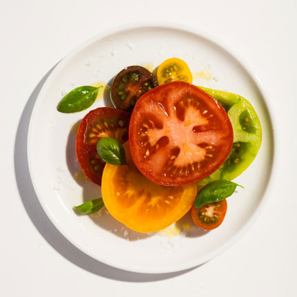 Sliced-tomato-salad