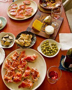 Schrambling_110704_spanish feast at donna gelb'sIMG_3461
