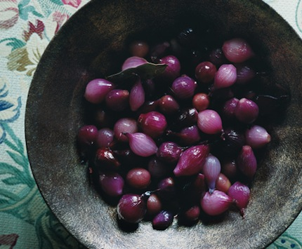 Glazed-pearl-onions-grapes