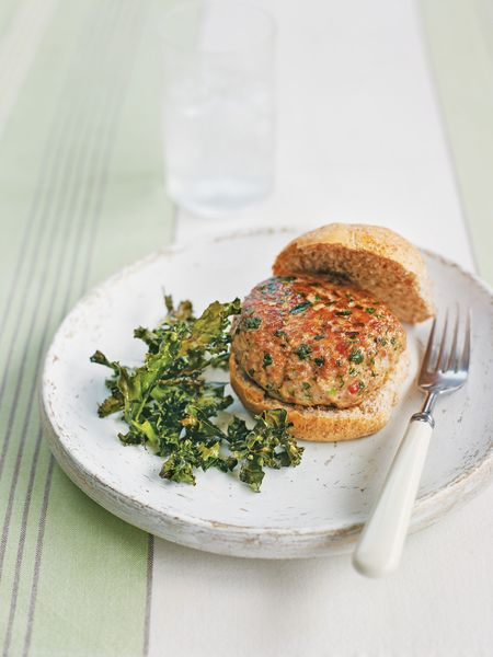 TURKEY-BURGER-KALE-RECIPE