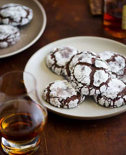 Rsz_white-on-rice-couple-bourbon-crack-cookies-2 (1)