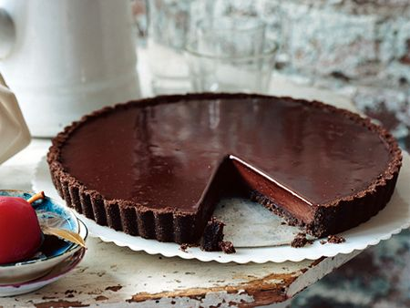 Chocolate-glazed-chocolate-tart
