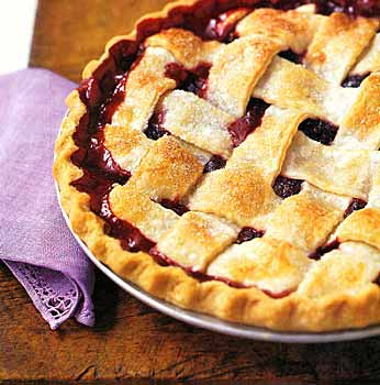 Lattice blackberry pie