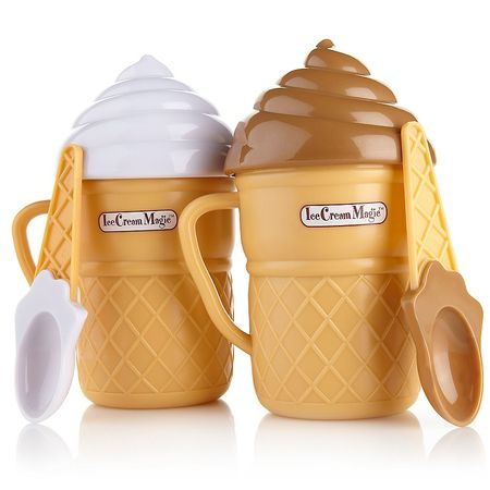 Ice cream shaped ice cream maker