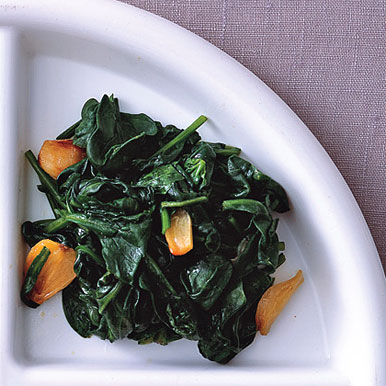 Wilted-Spinach-with-Roasted-Garlic