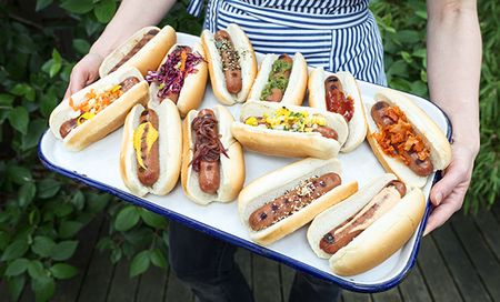 How To Throw The Ultimate Hot Dog Party