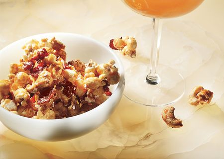 Bacon_and_cashew_caramel_corn_646