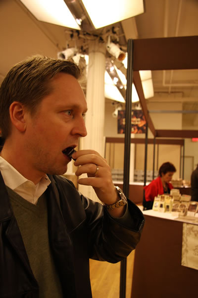 Jason_fox_eating_chocolate_2_3