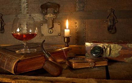 Wine_cognac_and_books