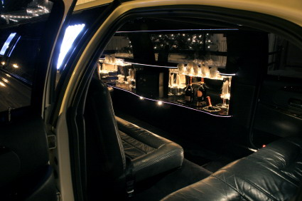 Limo_with_champagne
