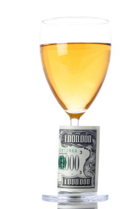 Wine_glass_with_dollar_bills